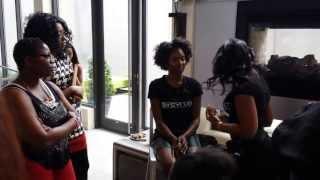 Sylvia Smith Celeb MUA: The Makeup Bullet Finger Sponge Demo