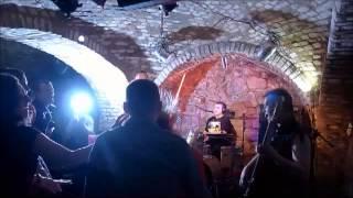 Pigs Like Pigeons - Białe kozaki (live)