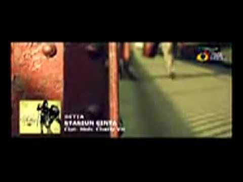 SETIA   Stasiun Cinta  Video Lirik Trinity