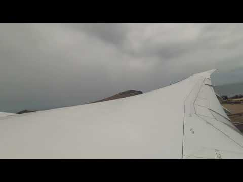 Thomson 787 Dreamliner take off from Gran Canaria