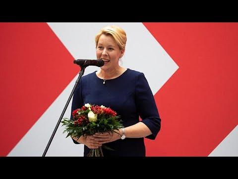 من هي أول امرأة تفوز برئاسة بلدية برلين؟  - نشر قبل 15 ساعة