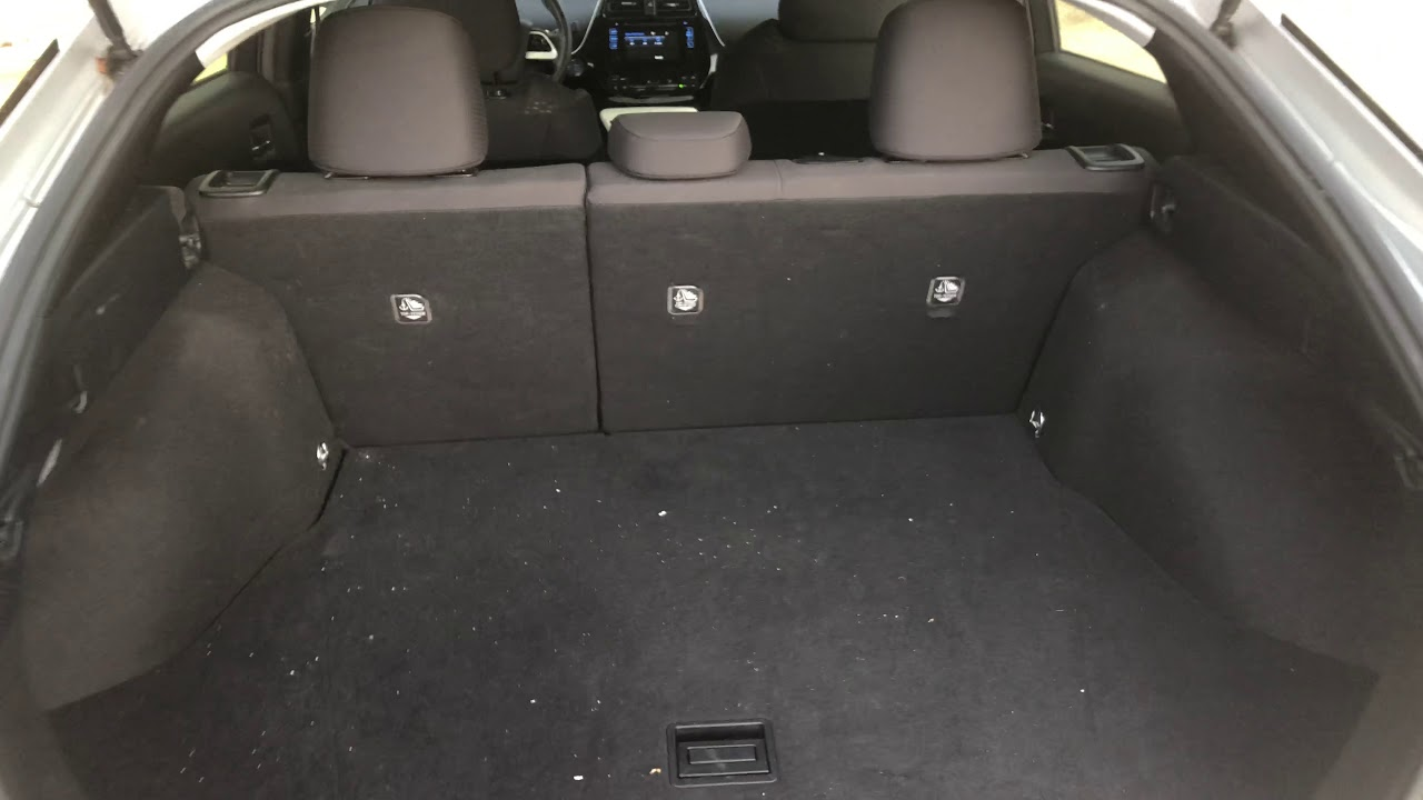 Lay Down Rear Seats In Toyota Prius