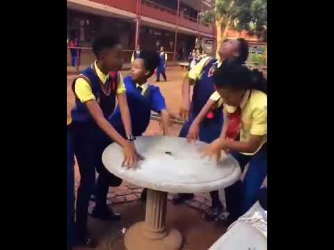 South African School Girls Dance #HeadVoshoChallenge