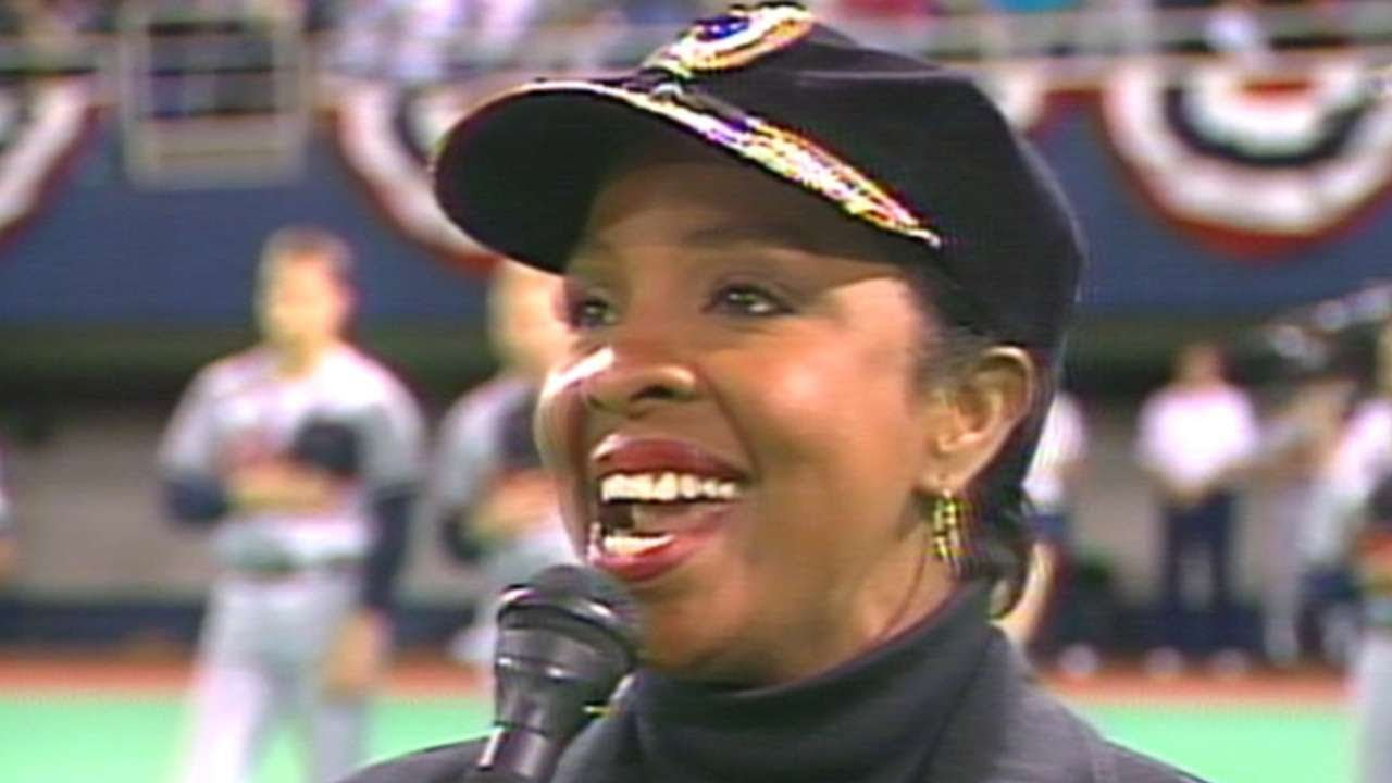 1991 WS Gm1: Gladys Knight performs national anthem