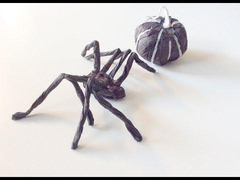 Paper craft spider. DIY araignée en papier.