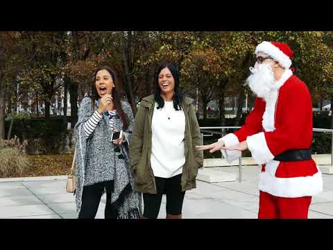 SANTA CLAUS RAPS IN CHICAGO!! (Hip Hop Santa)