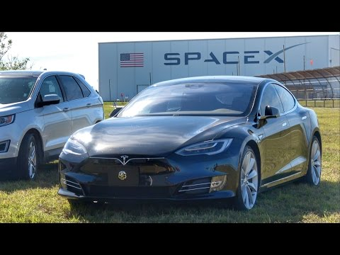 SpaceX Falcon Launch Hype at NASA!