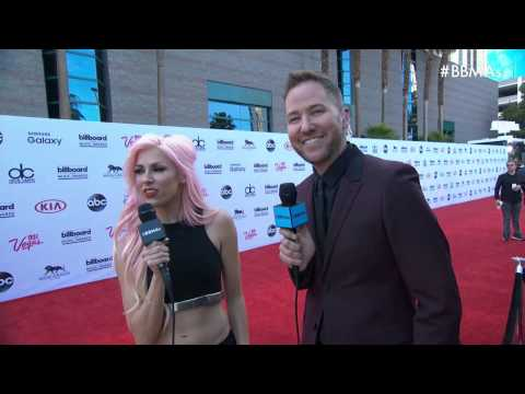 bonnie-mckee-and-ted-stryker-talk-upcoming-performances-red-carpet---bbma-2015