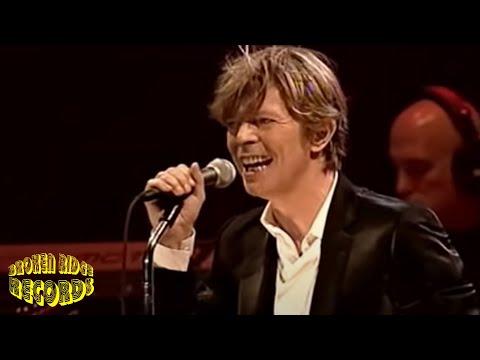 David Bowie - Everyone Says Hi - YouTube