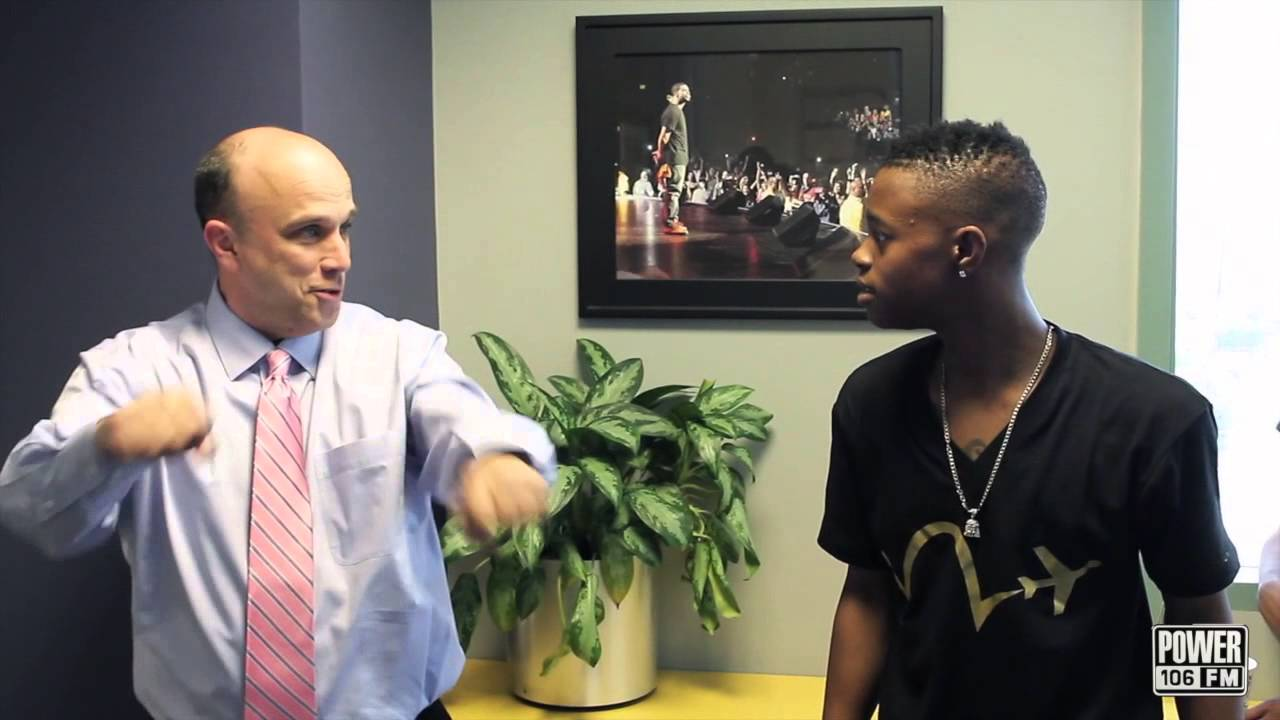 Silento Teaches White Guy How To Whip/Nae Nae