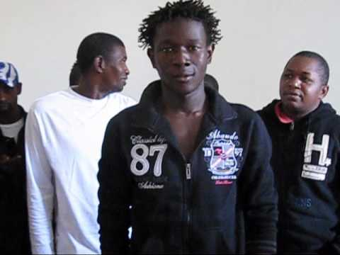 Profughi della Guinea Bissau a Napoli.wmv