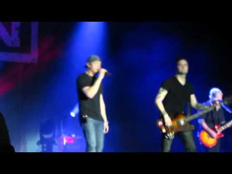 3 Doors Down - Kryptonite - Live at Universal Orlando Resort - 3/20/16