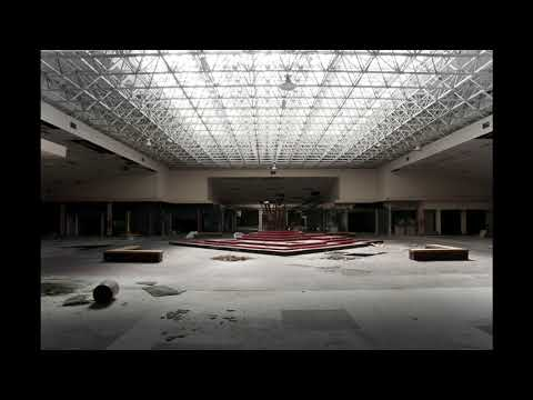 Simple Minds- Don't You (Forget About Me) (playing in an empty shopping centre)