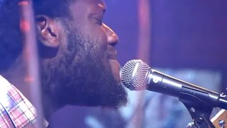 Michael Kiwanuka - One More Night (live @ DWDD)