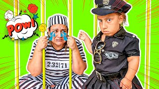 Maria Clara finge brincar de ser POLICIAL e ensina Novas REGRAS DE CONDUTA - MC Divertida