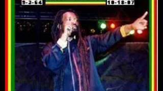 Lucky Dube - You A The One