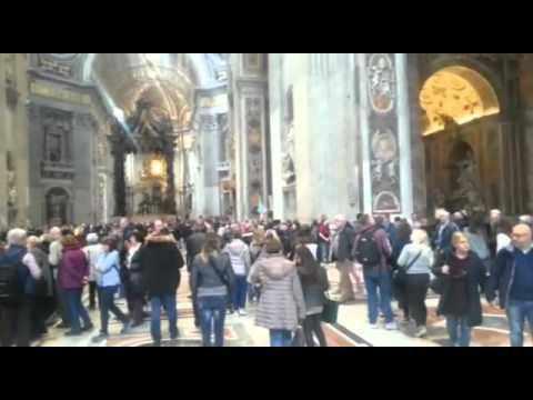 Guided tour of St. Peter's Basilica with our official licensed guide Valentina