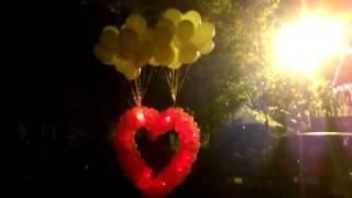 Запуск в небо светящегося сердца из воздушных шаров.(, 2014-09-22T14:18:57.000Z)