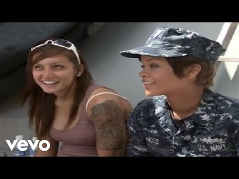 Rihanna - Battleship: Getting In Character