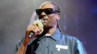 Snoop Dogg ENDORSES Bernie Sanders For President!