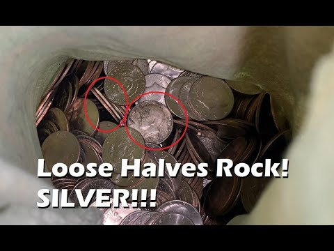 Loose Halves Rock!  Picking Up More Loose Silver Half Dollars!  Coin Roll Hunting