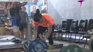 Тяжелоатлетки Светлана Подобедова и Майя Манеза боятся выселения из «своих» квартир