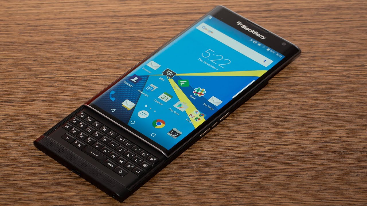 mobile - Why do most smartphones not have a physical keyboard