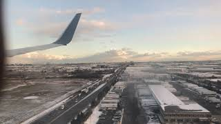 Delta Airlines Landing at Toronto Pearson International Airport in 4K