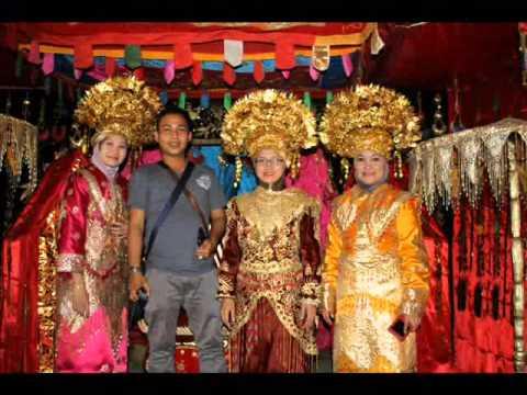 Bukittinggi - Padang Tour