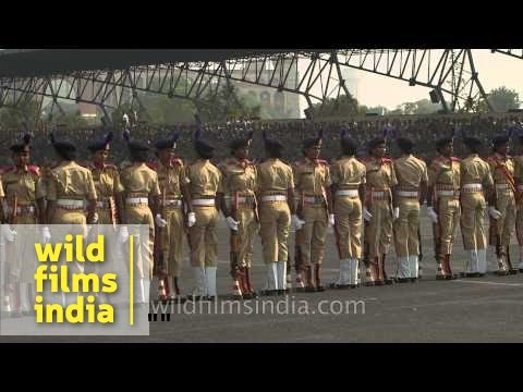 Indian women march with rifles : CRPF Mahila personnel