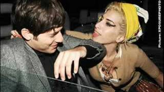 Mark Ronson Ft. Amy Winehouse Valerie.mp3