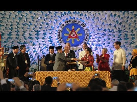 Gov't, MILF sign historic final peace pact