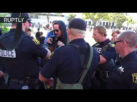 At least 14 arrested as left- and right-wing protesters face off in Berkeley, California