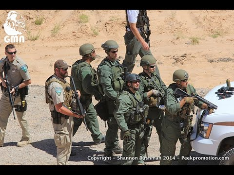 EPIC!! ARMED Citizens/Militia Vs. Cops/FEDs!! 2015