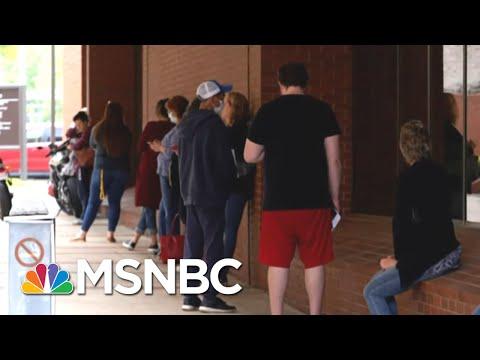 An Additional 1.3 Million Americans File For Unemployment Amid Coronavirus | Hallie Jackson | MSNBC