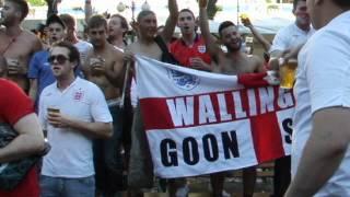 English fans are singing Wonderwall