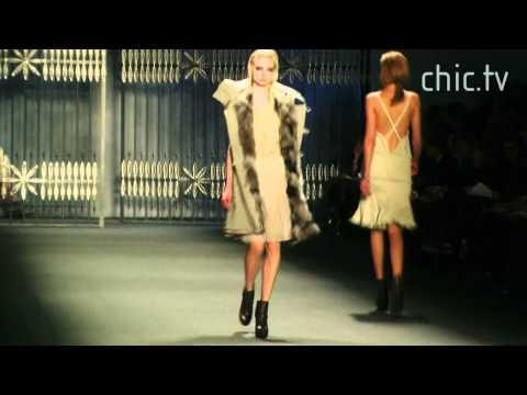 Vera Wang UNCUT - Fall 2011 New York Fashion Week