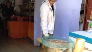 Making traditional Chinese peanut candy