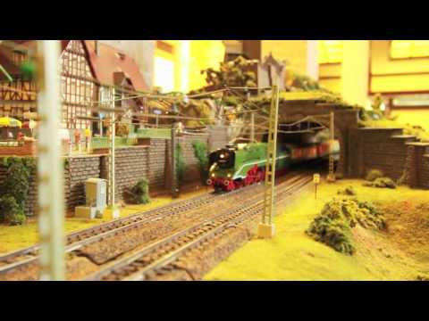 HO Roco DR Br 02.0201 (DB Br 18.201) Experimental Museum Locomotive