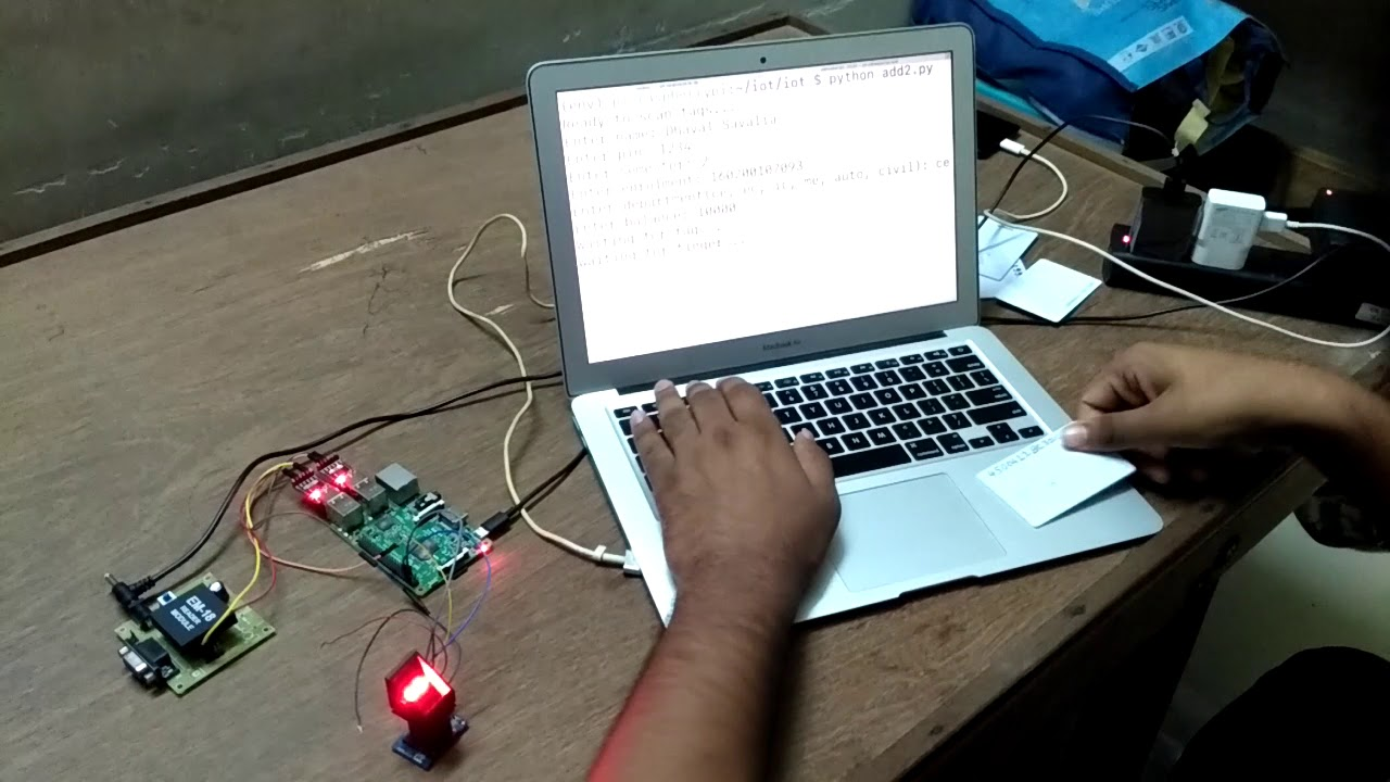 RFID/NFC based payment and attendance system | Raspberry Pi | IoT