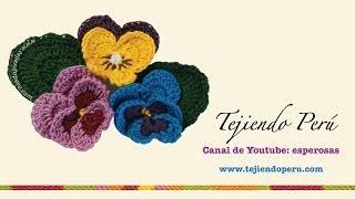 Flor Pensamiento (Pansy) tejida en croch...