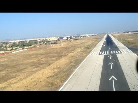 Boeing 737 cockpit landing Malta
