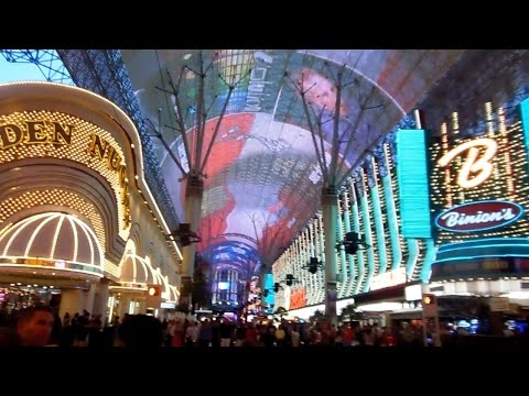 FREMONT STREET EXPERIENCE LIGHT SHOW AT OLD LAS VEGAS / DANCE PERFORMERS - Day 4 Part 2 Las Vegas