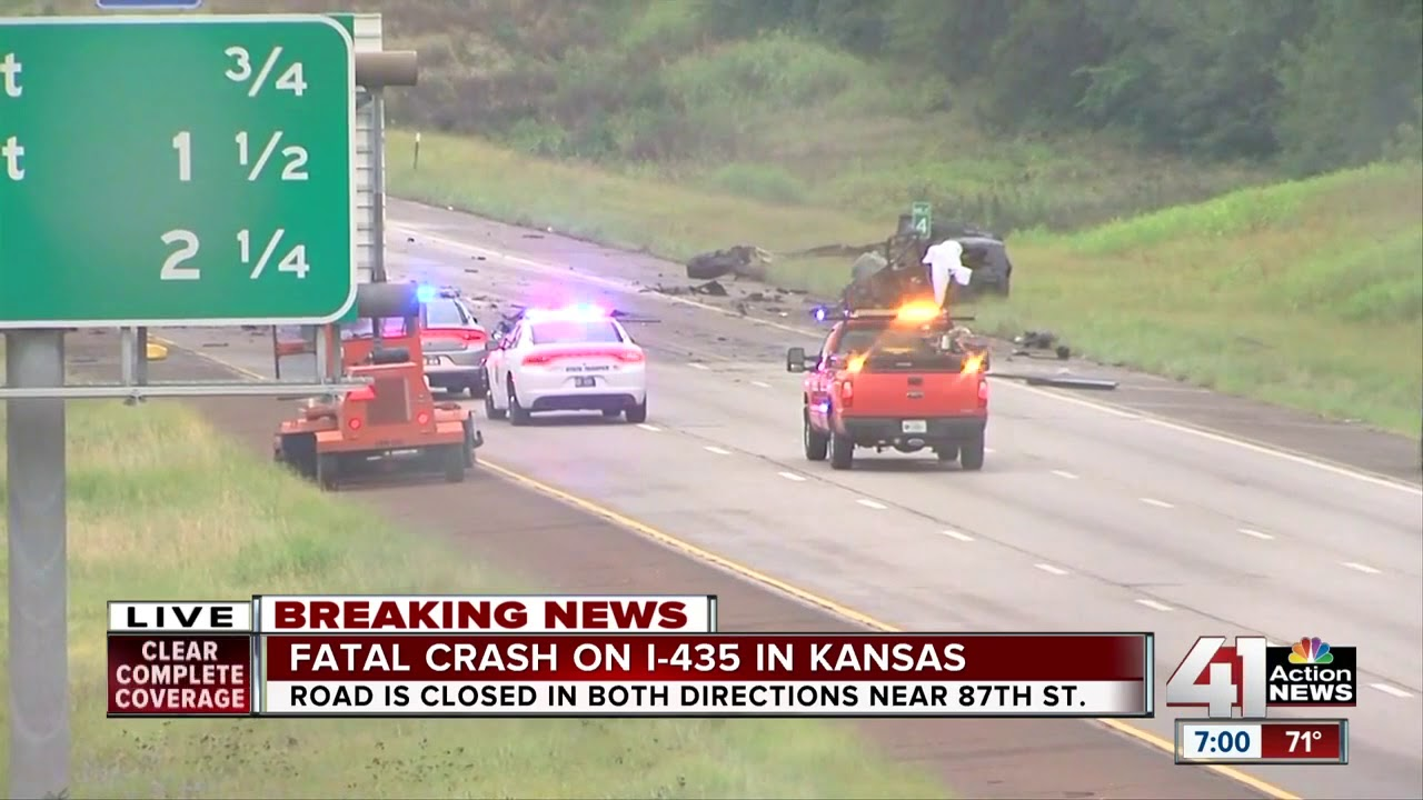 1 dead in crash that shut down I-435 in Lenexa