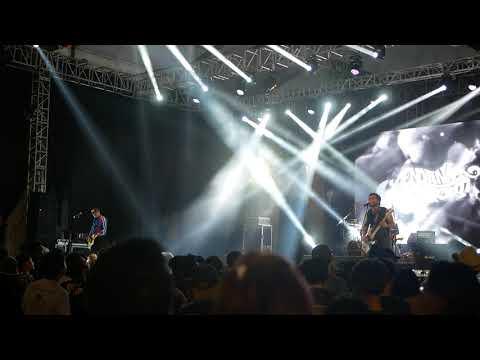 Endank Soekamti - Kembali / Wanita (live at Synchronize Fest 2018)