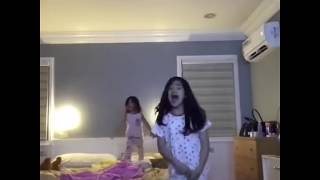 Download Video Ranz Kyle Play With Niana Guerrero and Natalia Guerrero Before They Sleep MP3 3GP MP4
