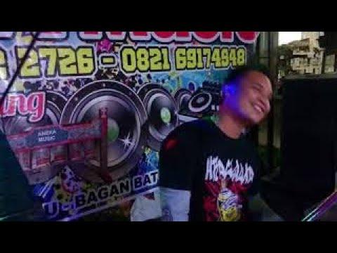 KESERUAN DI GROUP ANEKA MUSIC BAGAN BATU MENIT 1:00