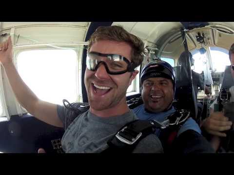 Ross of Atlanta, GA goes skydiving!