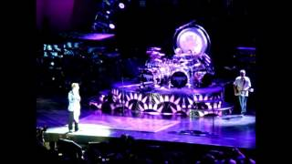 Van Halen at the Hollywood Bowl - Dance The Night Away - 2nd Oct 2015