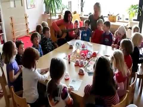 Ein Lied Für Mama Kindertagesstätte Geismar übt Ein Muttertagslied